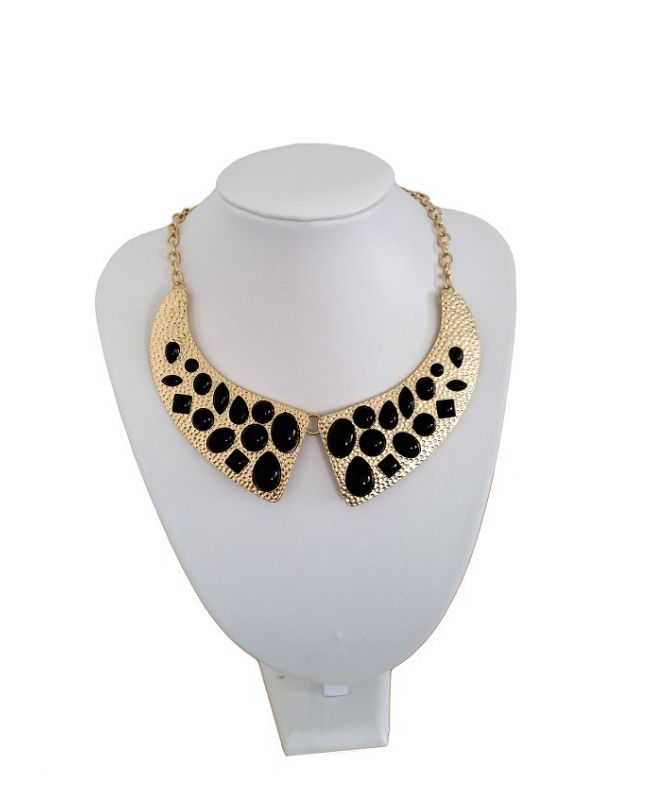 Collier Style Col claudine